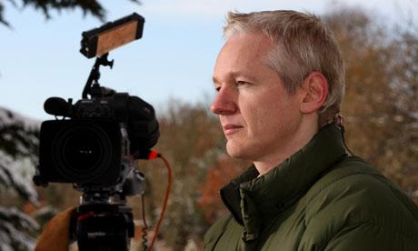 Julian-Assange-005 (1)