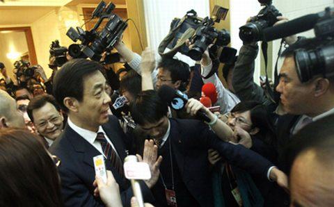 Bob Xiali con la prensa. (Foto: AFP)