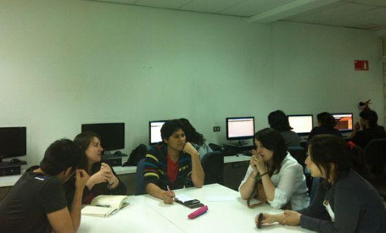 estudiantes-periodismo