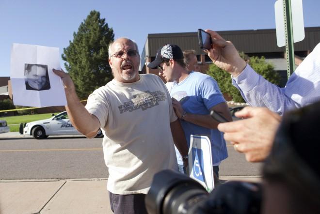 Tom Sullivan busca a su hijo (Foto: Barry Gutierrez)