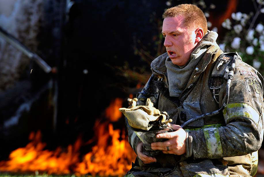 2012 Military Photographer of the Year photo competition