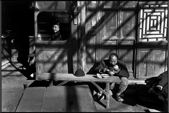 Henri Cartier-Bresson 1