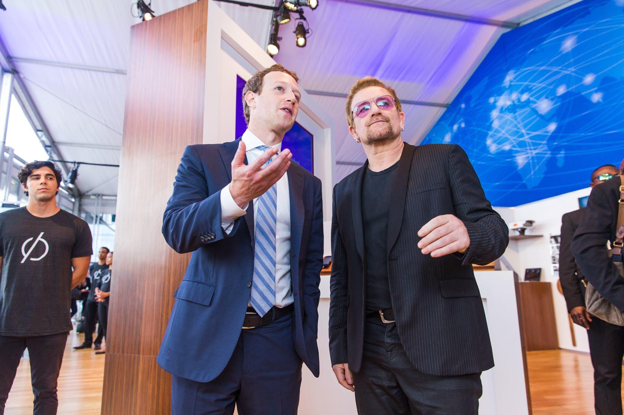 Mark Zuckerberg y Bono