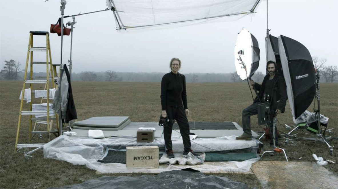 annie-leibovitz-03-artist-1-behind-the-scenes