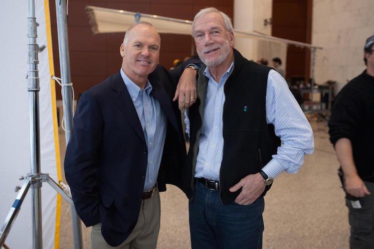 Michael Keaton (izquierda) y Walter V. Robinson.