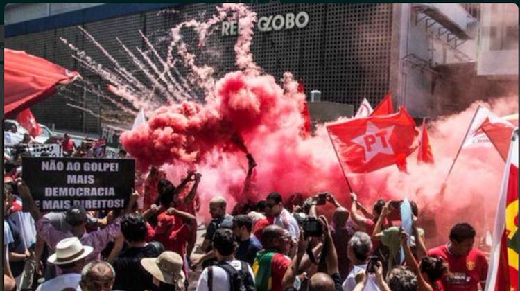 Lula: Simpatizantes protestan ante sede de televisión Globo