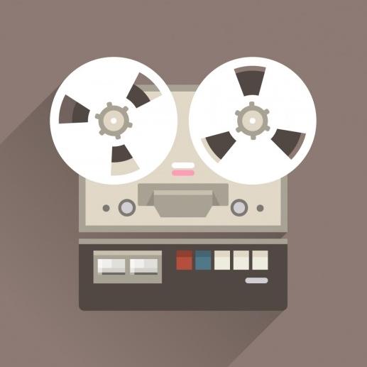 vintage-voice-recorder_1012-261