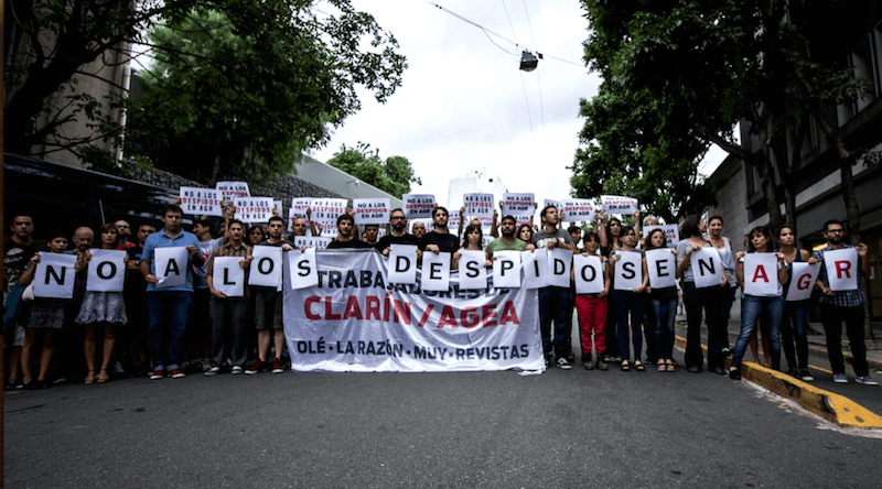 Argentina: Grupo Clarín despide a 380 trabajadores de su empresa Artes Gráficas Rioplatenses