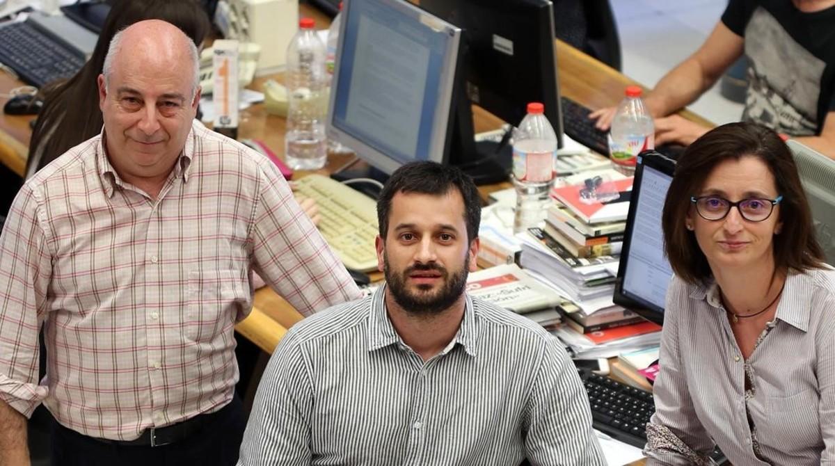 De izquierda a derecha, los periodistas Jesús G. Albalat, Guillem Sànchez y María Jesús Ibáñez.