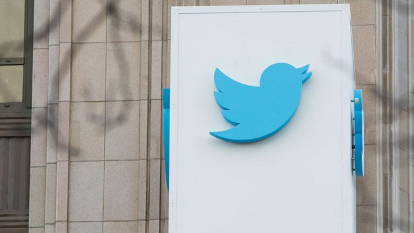 Twitter lanza Direct Message Card para el uso de bots