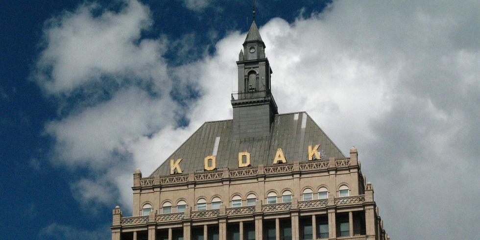 Descarga de forma gratuita estos viejos libros sobre fotografía de Kodak